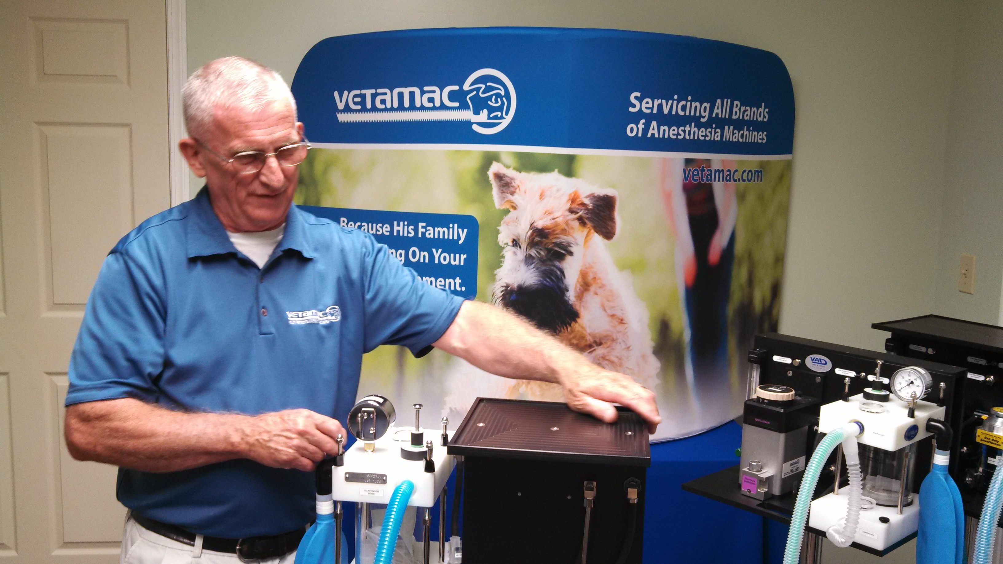 Founder, Harry Latshaw making a webinar presentation to potential veterinary anesthesia machine distributors